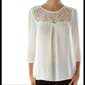 Anthropologie HD in Paris cream laser cut Lacey sheer blouse size XS or 0